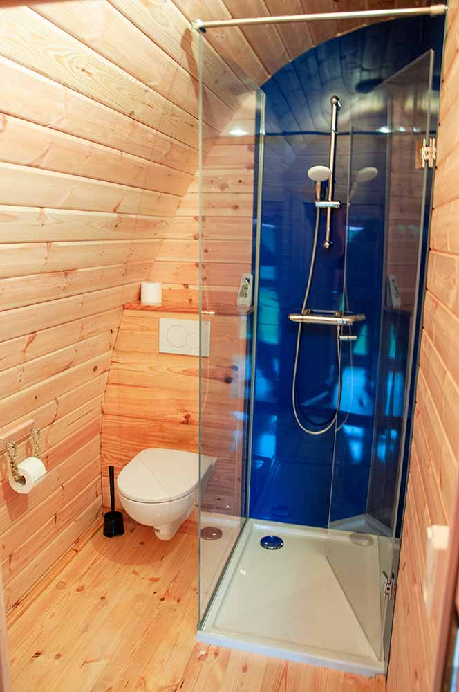 camping pod met badkamer